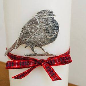 Robin Candle Pin Decor